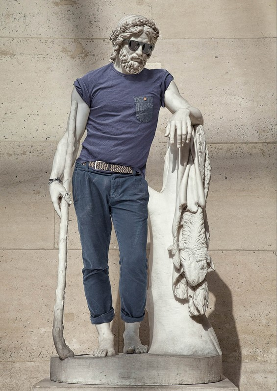classical-sculptures-hipsters 1