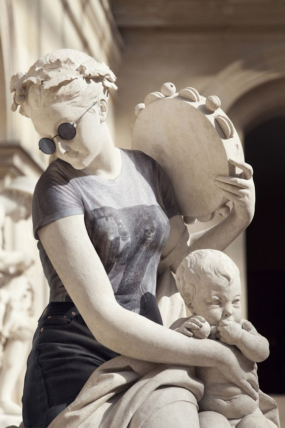classical-sculptures-hipsters 2