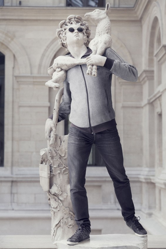 classical-sculptures-hipsters 3